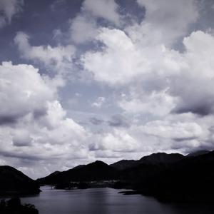 雲ゆく夏、丹沢山塊