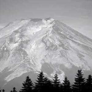 氷鏡の嶺、富士山