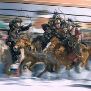 1年前にNHKスペシャルに出演していたモンゴル騎馬スタントチーム 今はハリウッド映画に進出してる