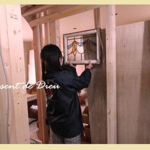 我が家の進捗♪3月15日の現場***ステンドの入るトコ、外壁グレーになったりとか***