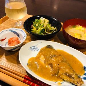 今日の晩ご飯はサバの味噌煮です