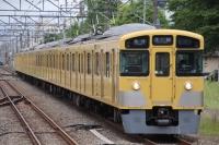 【西武】新宿線で2000系2+2+4の珍編成走る