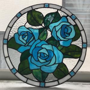 ステンドグラスの薔薇の飾り皿★イマリエステンドグラス★生徒さん作品