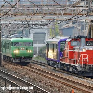 DD51と117系の共演