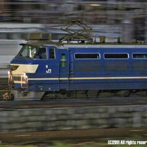 京都駅へ進入する27号機