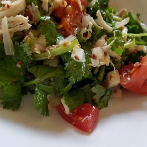 ◆だんだんおうちで作るパクチーサラダがお店の味に近付いてきた気がする?