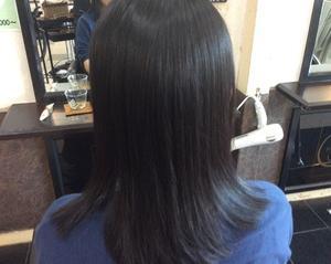 細く柔らかいポワポワするペタンコになりやすい髪の高濃度プロポリス矯正〜磐田市〜