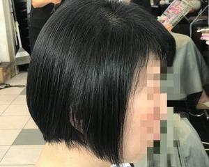 とても細くて頭皮に張り付くエイジング毛のACC酸性ストレート〜磐田市〜