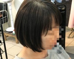 梳かれ過ぎてまとまらない髪質の酸性ストレートで自然なシルエット〜磐田市〜