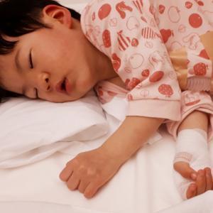 RSウイルスで緊急入院!!ヽ(゚д゚ヽ)(ノ゚д゚)ノ!!