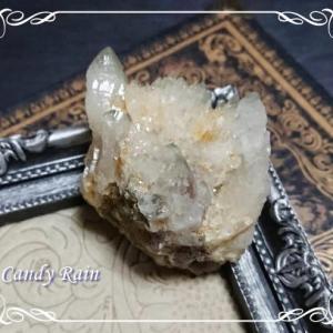 国産の水晶*秋田県 荒川産バイカラー水晶・原石クラスター♪