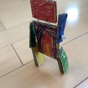 幼稚園始業式とロボット作り