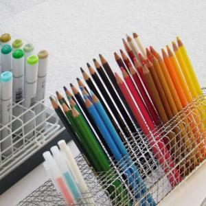 100円で色鉛筆収納、缶ケースにさよなら。
