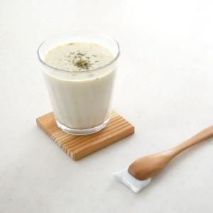 アーモンドミルクの、簡単スープ。