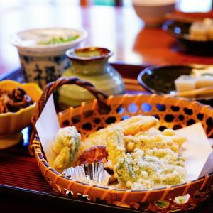 今が紅葉の見ごろ♪「香嵐渓」で美味しいごはん。