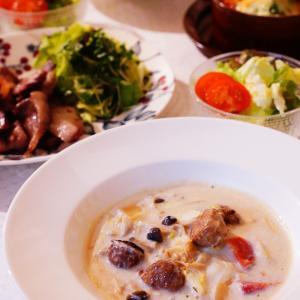 白菜たっぷり消費♪市販のルーがなくても出来る!簡単ごはんオンパレードの食卓。