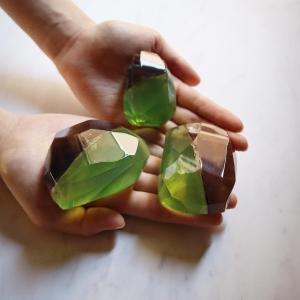 太陽の石 ペリドットソープ