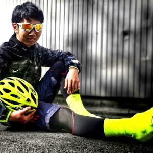 今、自転車界で「蛍光イエローファッション」が熱い