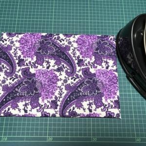 マスクを作る時に便利なミニアイロン台作りました。