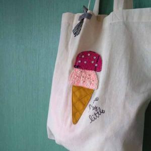 お気に入りを持ち歩くことで楽しい自分になれる アイスクリームのエコバッグ 今日はサイズについて