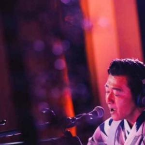 桑田佳祐 ラジオ×YouTube一夜限りの納涼ライブで新曲「愛はスローにちょっとずつ」を生歌唱