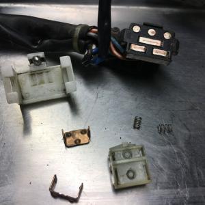 HONDA V-TWIN MAGNA MC29 ホンダ V-ツインマグナ ウインカーインジケーターランプが点かない修理