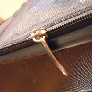 韓国最終日にスーツケースが壊れて焦りました。。