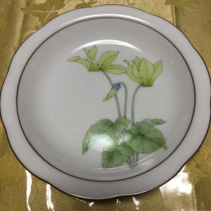香蘭社 シクラメンのお皿