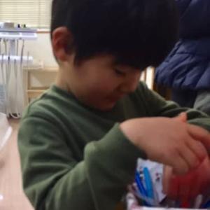 何がいっかな〜... 筑紫野市原田 のりこキッズマム歯科医院