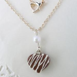 ハートチョコレートのネックレス