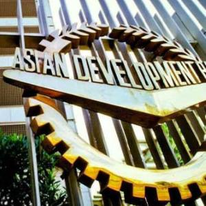 ADBがカンボジア企業支援融資
