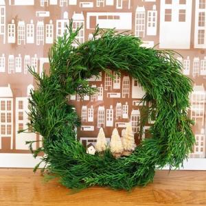 シンプル簡単な手作りクリスマスリース