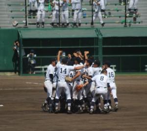 高校野球選手権大会南北海道決勝戦へ