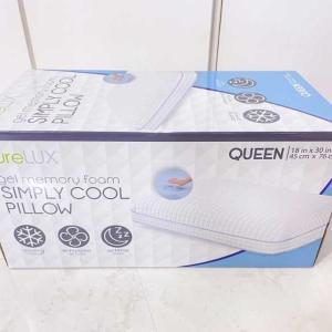 コストコ ◆ Simply Cool Pillow 2,800円也 ピュアラックス クーリング メモリーフォーム枕 ◆