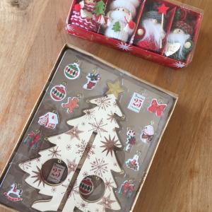 3COINSの可愛いクリスマス雑貨とピアス