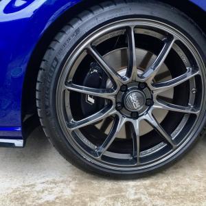 ゴルフR  OZ RACING Hyper GT HLT