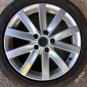VW Golf6 ハイライン シルバーホイールの傷