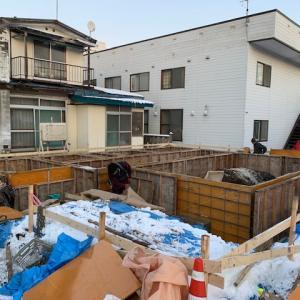 富岡町基礎工事作業中です。