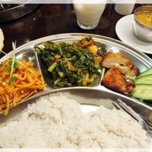 ネパールの定食ダルバート