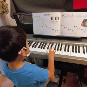 4月からピアノレッスンを始めた年中さん