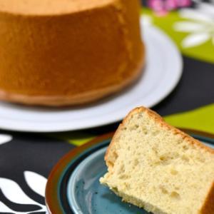 新発売ケーキのおしらせ 「ハニージンジャーシフォンケーキ」です