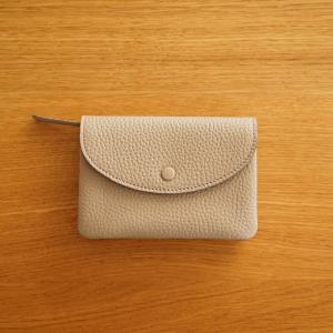 バッグの中身 〜 STUDIO LA CAUSE のお財布。