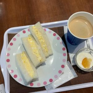 旅行前の朝食。北九州空港「カフェ・ロゼ」
