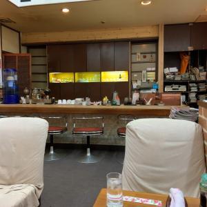 昭和の喫茶店で弁当ランチ。赤坂「あかしや」