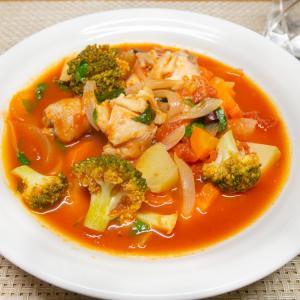 シャトルシェフで作る鶏肉とブロッコリーのトマト煮