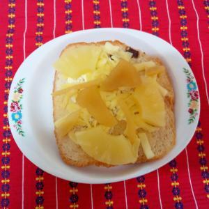 りんごのチーズトースト