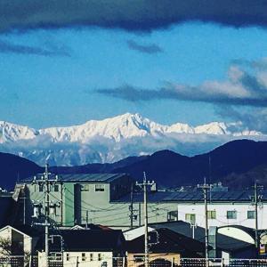 今朝の鹿島槍ヶ岳❗️✨ サンマリーンながの屋上にて
