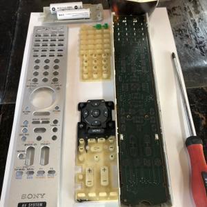 AVアンプのリモコン掃除