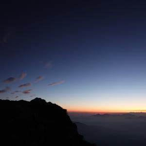 北アルプス唐松岳 その2 御来光と成典と雷鳥と。