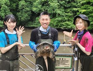 【朗報】AKB48センターの山内瑞葵、池の水ぜんぶ抜く大作戦に大家志津香と出演!!【ずっきー・しーちゃん】